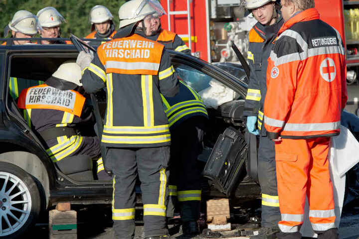 Die Rettungskräfte hatten aufgrund vieler Verkehrsunfälle auch im Jahr 2018 alle Hände voll zu tun. (Archivbild)