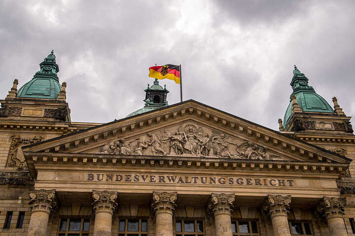 Das Bundesverwaltungsgericht zog 2002 von Berlin nach Leipzig. Auch der 5. Strafsenat des Bundesgerichtshofs (BGH) ist bereits in der Messestadt beheimatet.