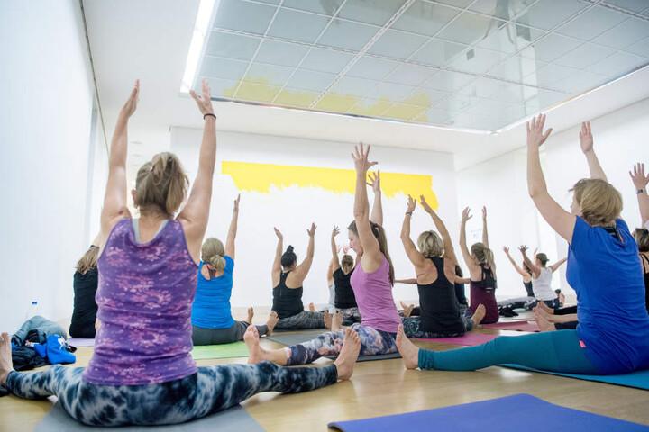 Noch bis zum 1. März können Interessierte immer donnerstags kostenlos Yoga machen.