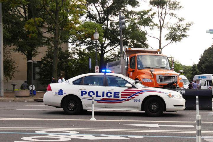 Die Polizei war bereits an der Unfallstelle, als es geschah (Symbolbild).