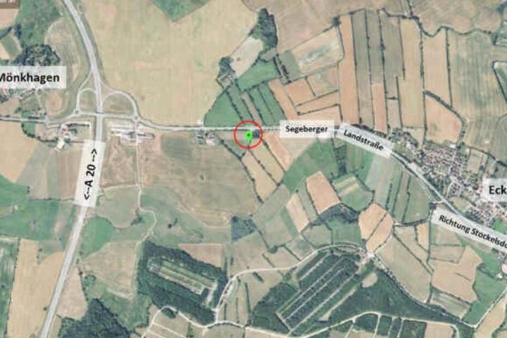 Die Karte zeigt den Fundort der gefesselten Studentin zwischen Mönkhagen und Eckhorst.