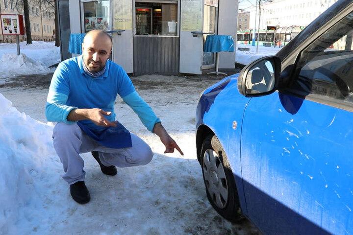 Auch zwei Reifen von Murat Narincs Auto wurden zerstochen.