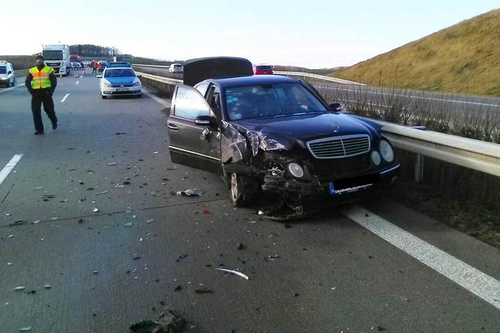 Kurz davor gab es einen zweiten Unfall mit zwei Autos.
