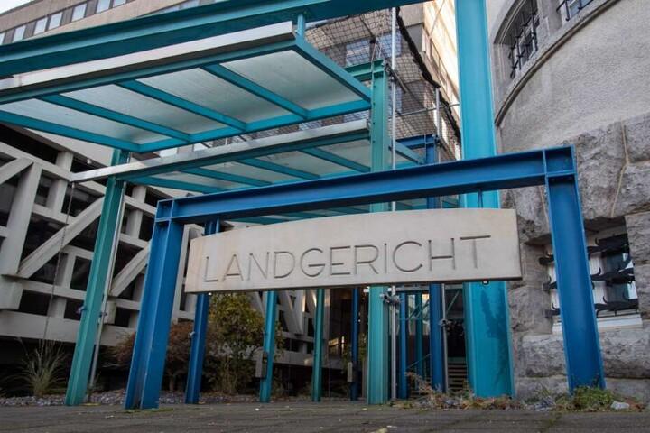 Das Bielefelder Landgericht entscheidet nun über die Haftstrafe des Mannes.