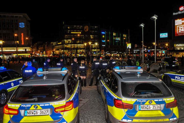Die Polizei hatte Verstärkung angefordert.