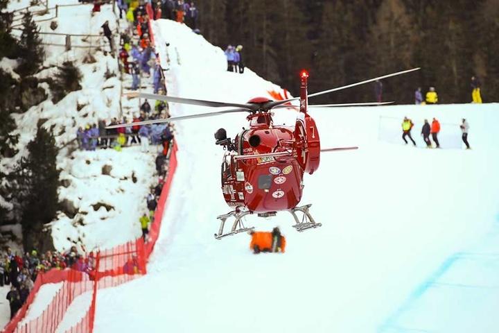 Der 30-Jährige blieb nach dem schweren Sturz lange bewusstlos auf der Piste liegen, ehe ihn ein Hubschrauber wegflog.
