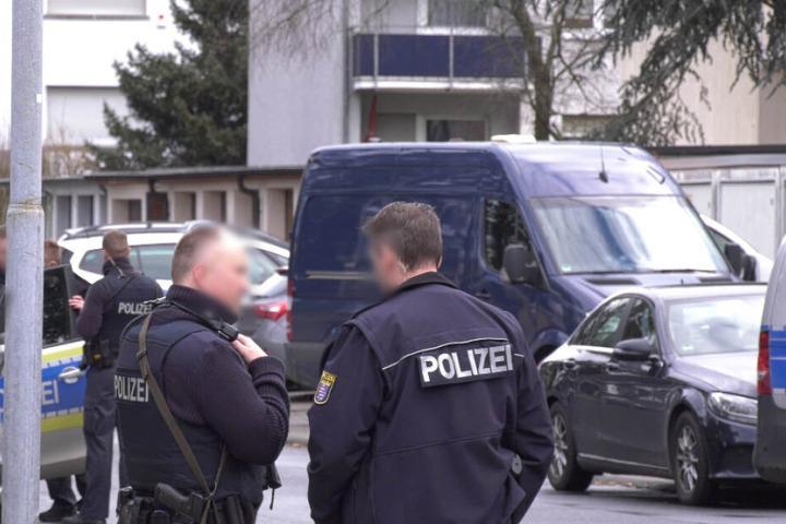 Der mutmaßliche Täter konnte in seiner Wohnung festgenommen werden.