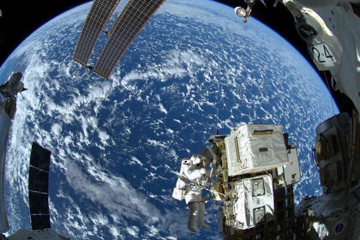 Außenarbeiten an der ISS.