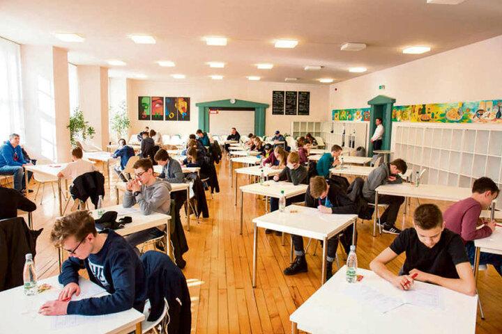 30 Schüler aus ganz Deutschland schafften es ins Bundesfinale des Wettbewerbs. Vorigen September waren 20 000 Teilnehmer ins Rennen gegangen.