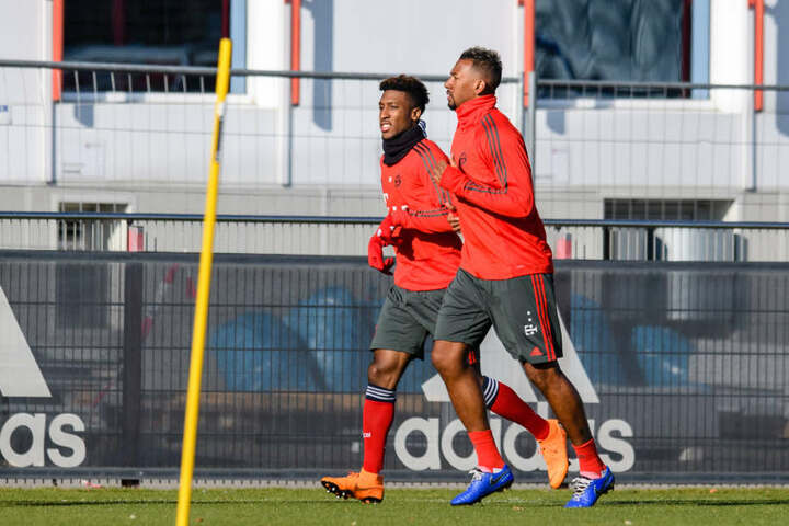 Boateng trainiert mit FC Bayern Kollege Coman (l.) in München.