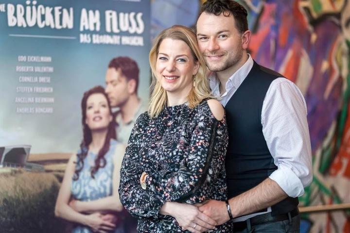 In den Hauptrollen: Maike Switzer (41) als Francesca und Christian Alexander Müller (36) als Robert Kincaid.