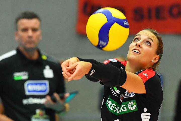 Libera Lenka Dürr weiß, dass am ersten Spieltag nicht die Meisterschaft entschieden wird.