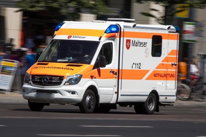 Die Rettungskräfte konnten dem Fahrer nicht mehr helfen. (Symbolbild)