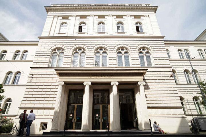 Das Urteil wurde am Dienstag im Bonner Landgericht verkündet.