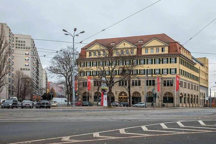 Die Sparkasse am Güntzplatz.