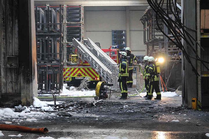Nach dem Brand galt die Lagerhalle als akut einsturzgefährdet.