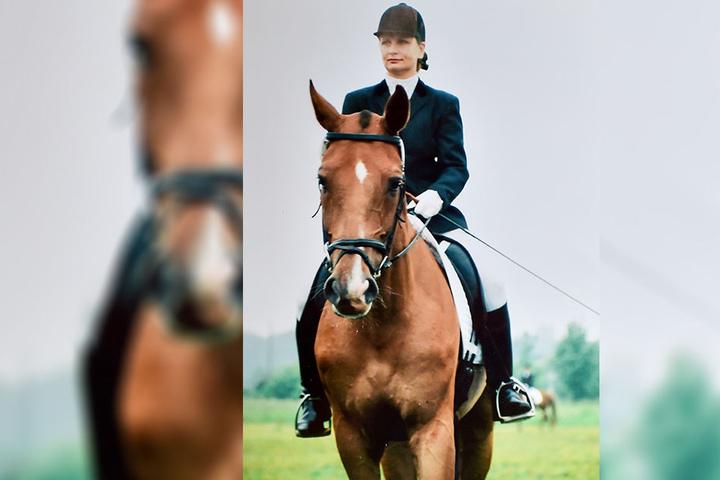 Nach dem Ausbruch der Zapfen-Stäbchen-Dystrophie begann Carola Engelmann mit dem Dressurreiten.