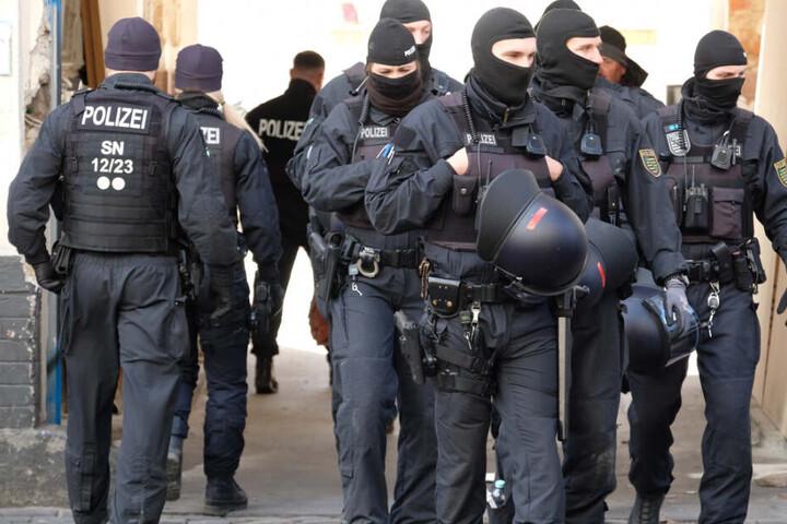 Die Polizei war mit über 500 Personen im Einsatz. (Symbolbild)