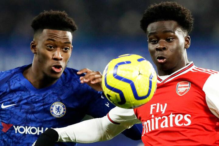 Bleibt Bukayo Saka (r.) beim FC Arsenal oder zieht es den Youngster zu einem anderen Verein?