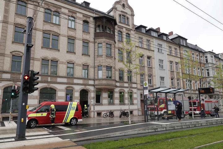 Die Feuerwehr war am Freitagmorgen an der Reichenhainer Straße im Einsatz.