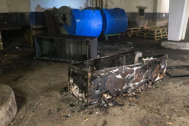 In der Tiefgarage brannten Kühlschränke ab.