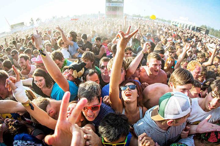 Einmal die Festival-Crwod von oben bestaunen? Auf dem Highfield ist's möglich!