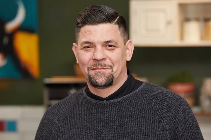 Auch TV-Koch Tim Mälzer zählt zu den glücklichen Mit-Fliegern.