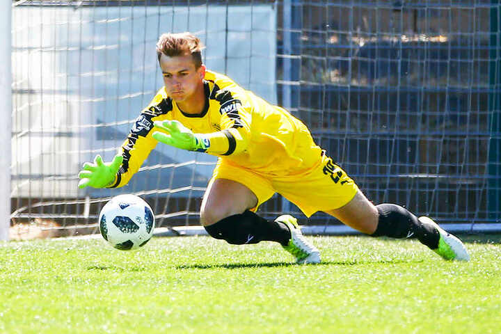 FSV-Zwickau-Keeper Matti Kamenz bestreitet am Samstag sein Profi-Debüt.