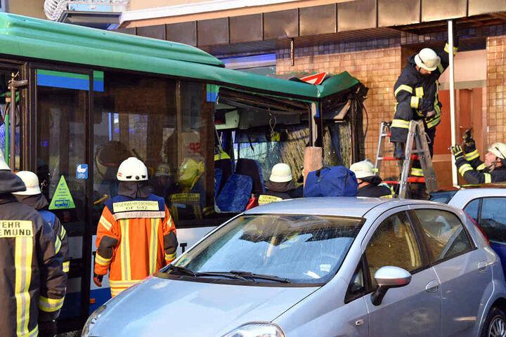 Insgesamt 47 Personen wurden durch den Aufprall verletzt.