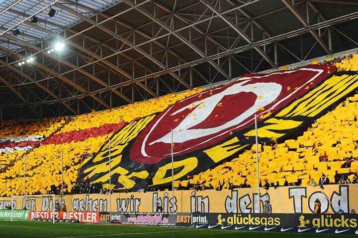 Schwarz-Gelb die Choreos der Fans. Diese Farben tragen viele Fans auch im Herzen.