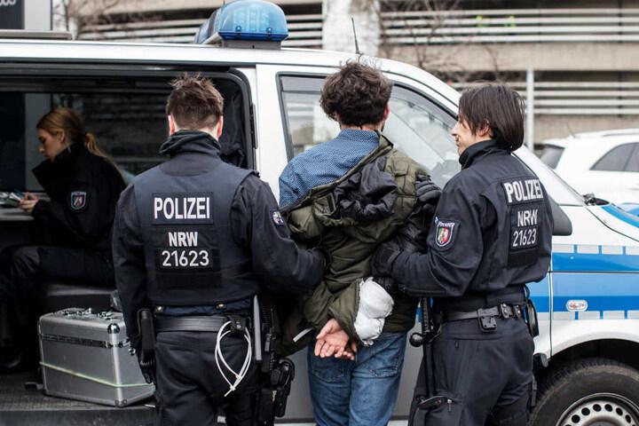 Am Rande der Demonstration kam es auch zu Festnahmen.