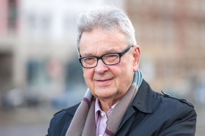 Roland Katzer (66, AfD) lässt den Stadtrat über die Stelle eines Citymanagers abstimmen.