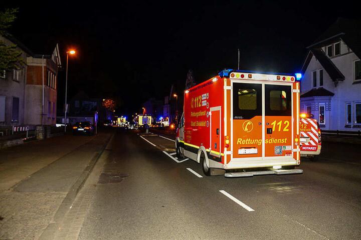 Auch ein Rettungswagen war in der Nacht am Einsatzort.