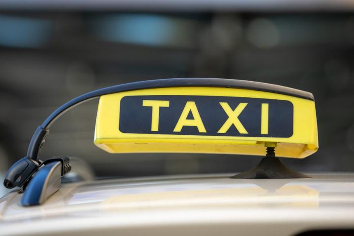 Die Taxis sollen sich künftig auf der Galeriestraße und hinter dem Kulti aufstellen.