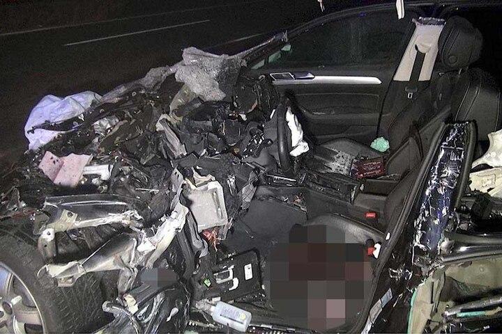 Der Autofahrer erlag noch in der Nacht seinen schweren Verletzungen.
