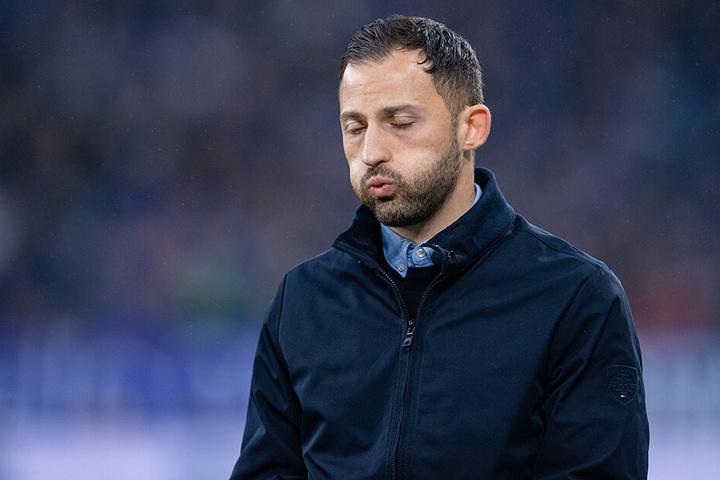 Steht beim FC Schalke 04 vor dem Aus: Trainer Domenico Tedesco.