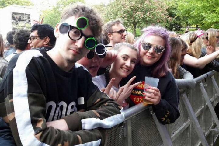 Die Festival-Beuscher waren zum Teil sauer auf die Veranstalter, dass die Hamburger Rapper ausgeladen wurden.