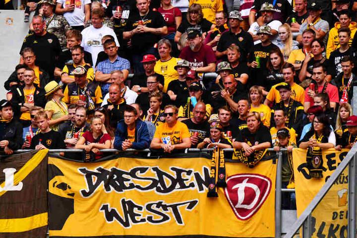 Bis zu 35.000 Dynamo-Fans werden im Olympiastadion erwartet. Da muss die An- und Abreise koordiniert ablaufen.