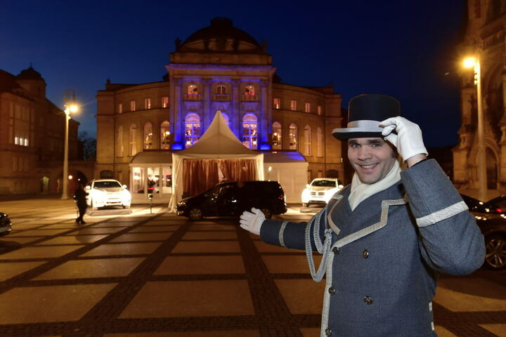 Alles Walzer: Die Chemnitzer Oper öffnet heute zum 16. Opernball die Türen.