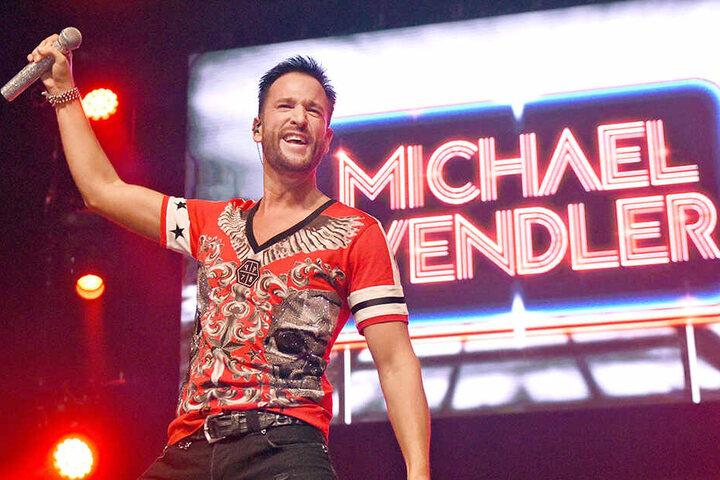 Michael Wendler mit vollem Einsatz: So kennt man den Entertainer von seinen Bühnen-Auftritten.