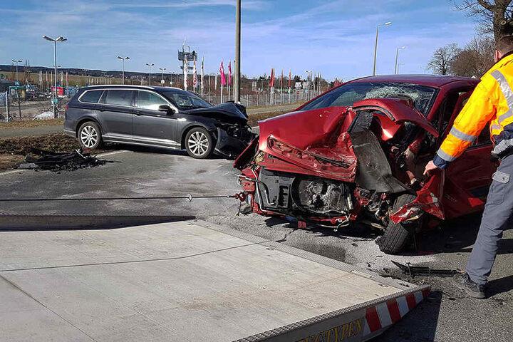 Der Unfall passierte auf der B92 in Höhe des PlauenParks.