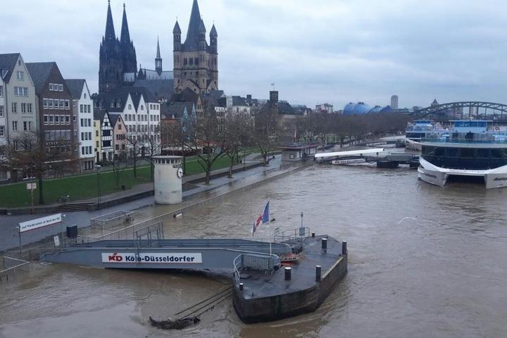 Lage an Rhein, Mosel und Saar weiter angespannt