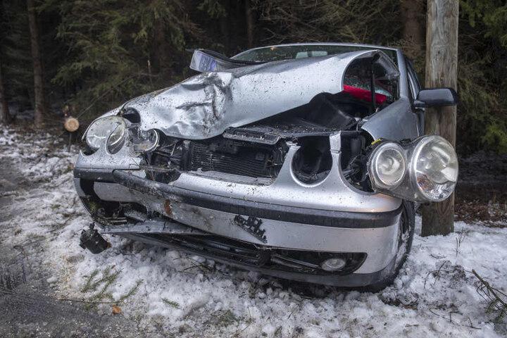An dem VW entstand ein erheblicher Schaden.