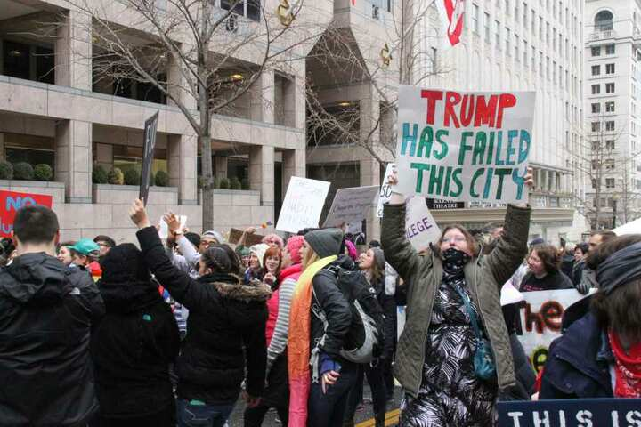 Überwiegend liefen die Demonstrationen friedlich ab.