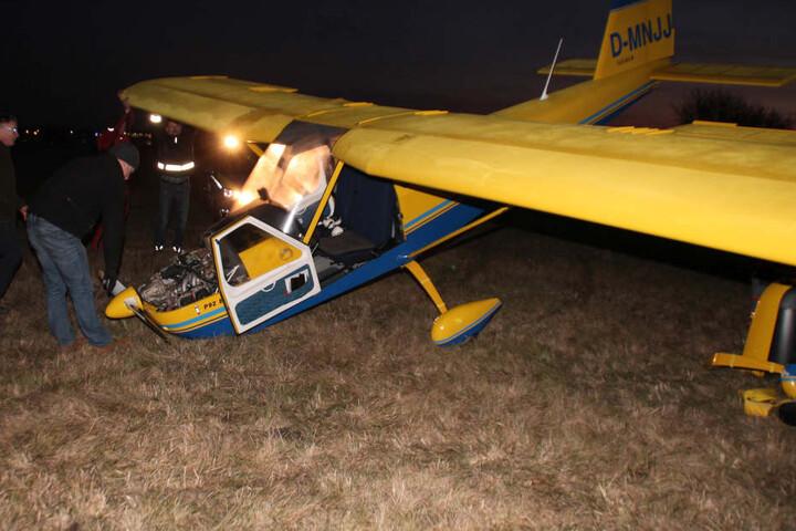 Der Pilot konnte das Flugzeug glücklicherweise unverletzt verlassen.