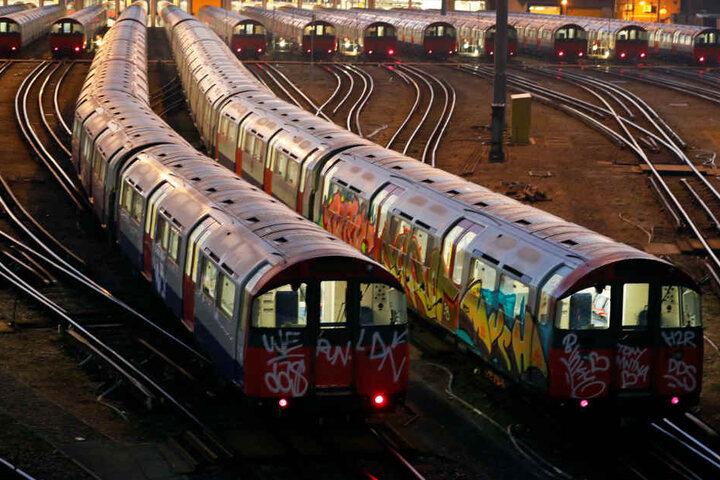 Die U-Bahn in London ist dringend renovierungsbedürftig.