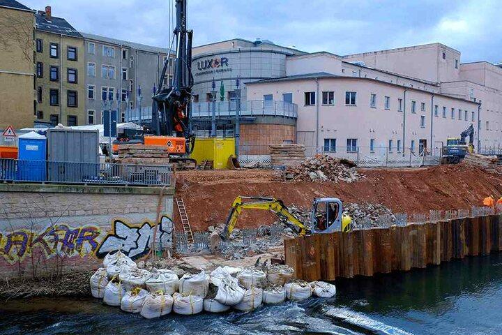 Am Luxorpalast lässt die Stadt Chemnitz für über 800000 Euro eine neue Stützmauer bauen.