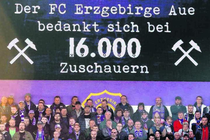 Einmal war das Stadion in dieser Saison bisher ausverkauft. Gegen den Hamburger SV kamen im November 16.000 Zuschauer.