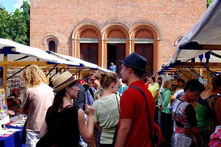 """Coole Mode und Möbel aus """"Upcycling"""": Der Weddingmarkt ist ein kleiner Geheimtipp."""