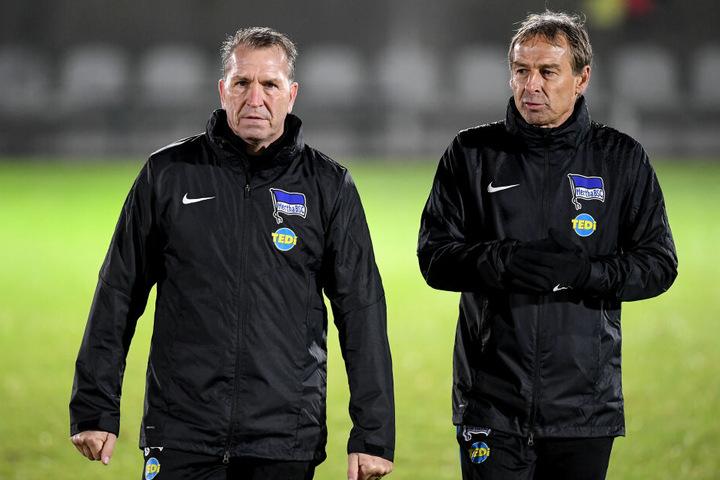 Klinsmann (r.) kündigte bereits an, an der Fitness der Berliner arbeiten zu wollen.
